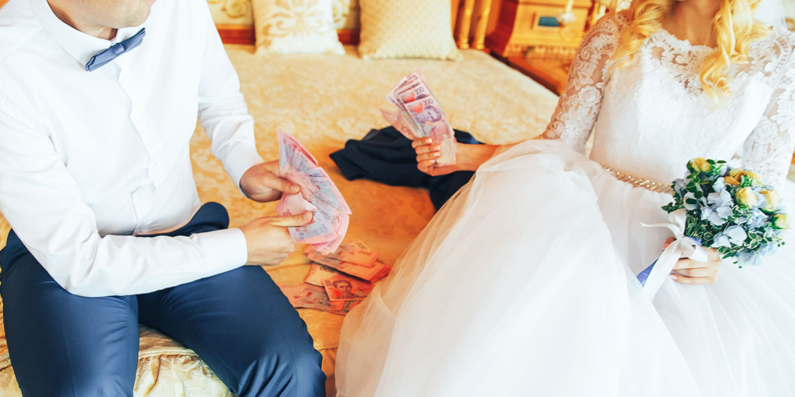 30,000 in wedding donations story